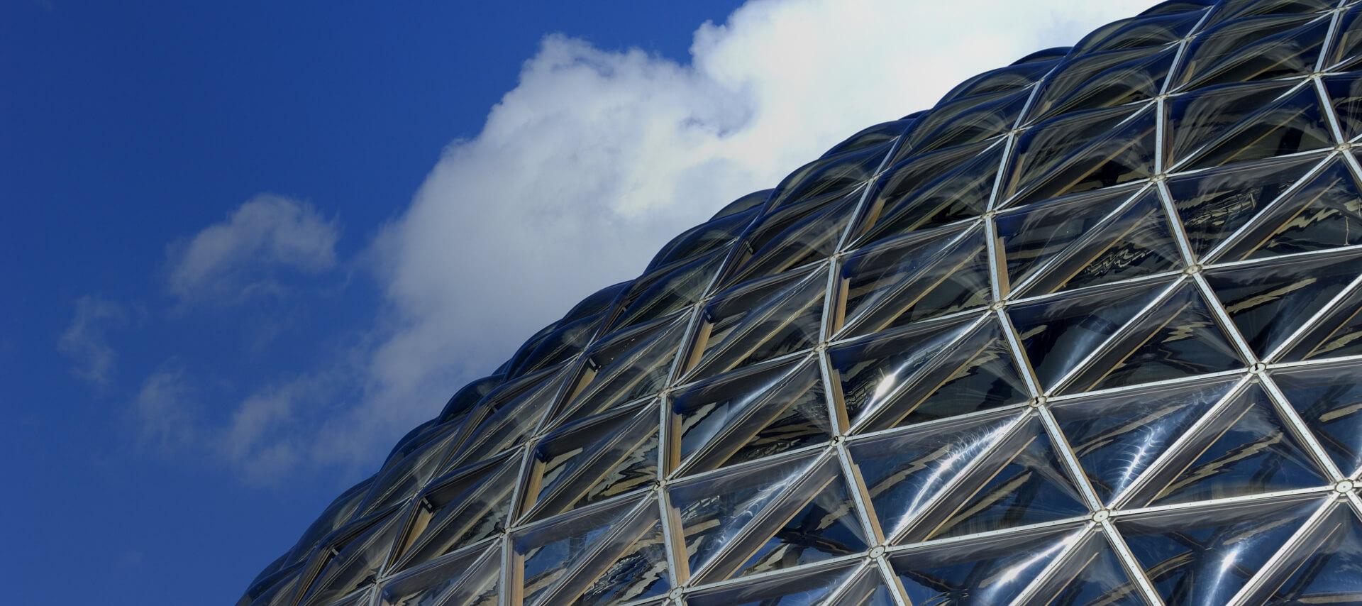 superficie de una cúpula geodésica