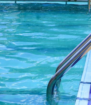 escaleras de piscinas