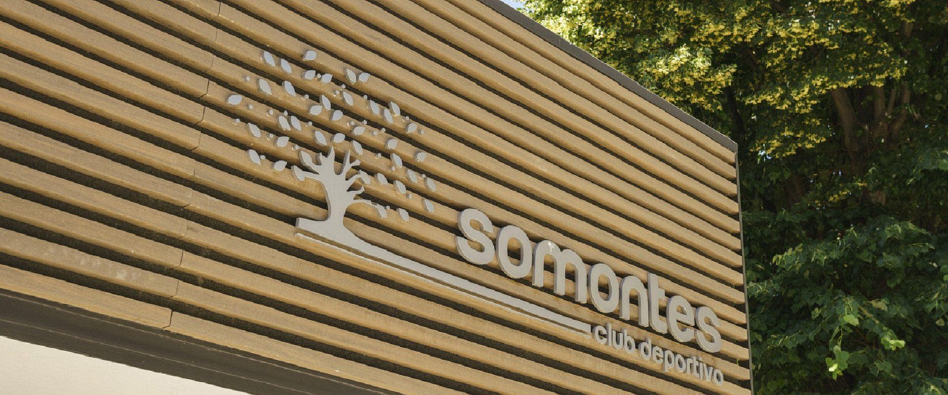 Letrero de Somontes en las oficinas