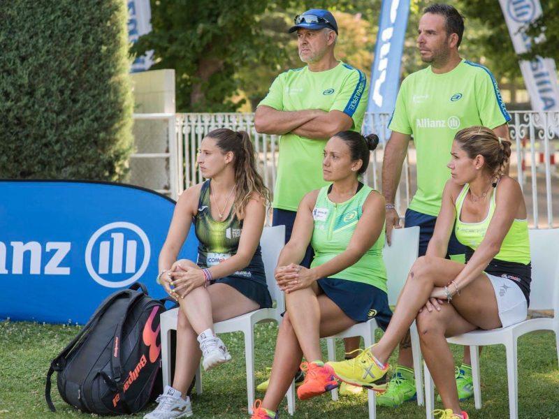 Jugadoras y entrenadores en Campus Allianz de padel